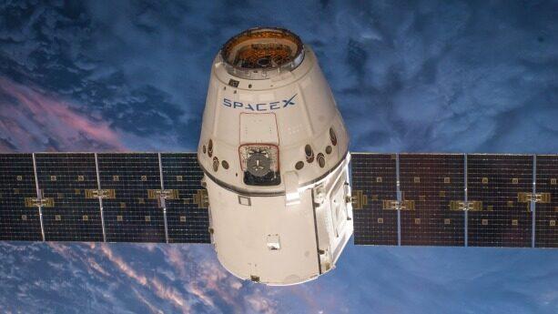 SpaceX龙飞船性能要求严苛,软件开发存挑战