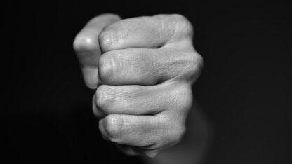 高校再陷版权纷争:MATLAB遭禁用后,又一基础软件严查盗版