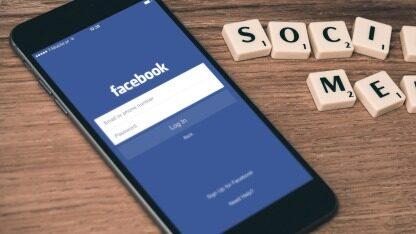 移动广告占Facebook广告总收入的94%