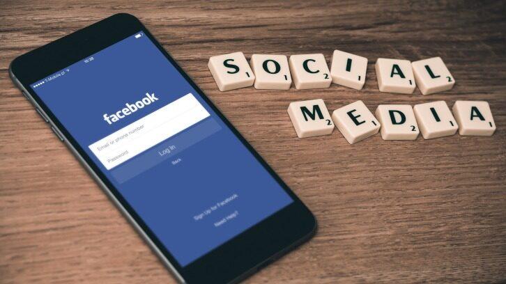 Facebook重写iOS版Messenger:启动速度快2倍,核心代码减少84%