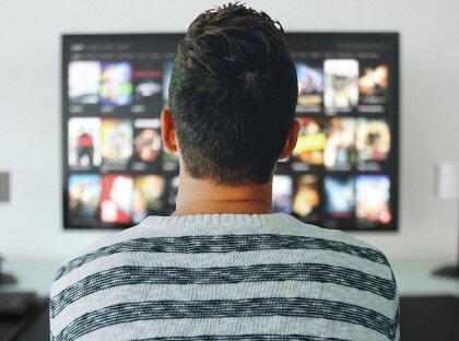 同为工业界最大的推荐业务场景,快手短视频推荐与淘宝推荐有何不同?