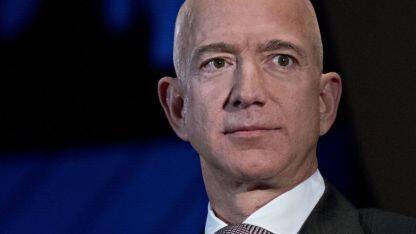 亚马逊市值一夜蒸发约800亿美元;百度 CFO 余正钧被曝将于 11 月离职;拼多多市值跻身中国互联网四强;当当网搜索指数飙升,日增3倍;全球首个6G白皮书公布   Q资讯