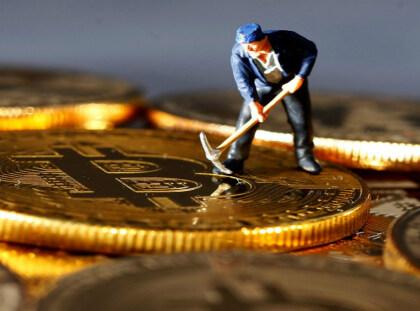 """""""弃水变美元"""",虚拟货币挖矿终获政策认可"""