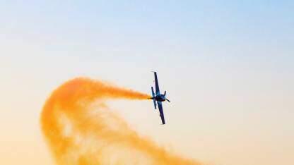 飞行中换发动机:金融数仓架构转型的最佳实践