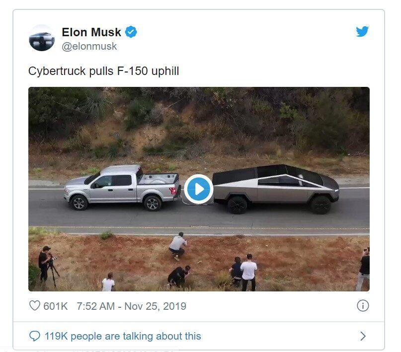 """特斯拉Cybertruck发布会现场翻车 马斯克这次好像""""演砸了"""""""