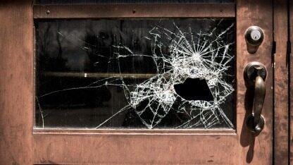 测试一年多,上线就崩溃!技术供应商纳斯达克酿出严重软件事故